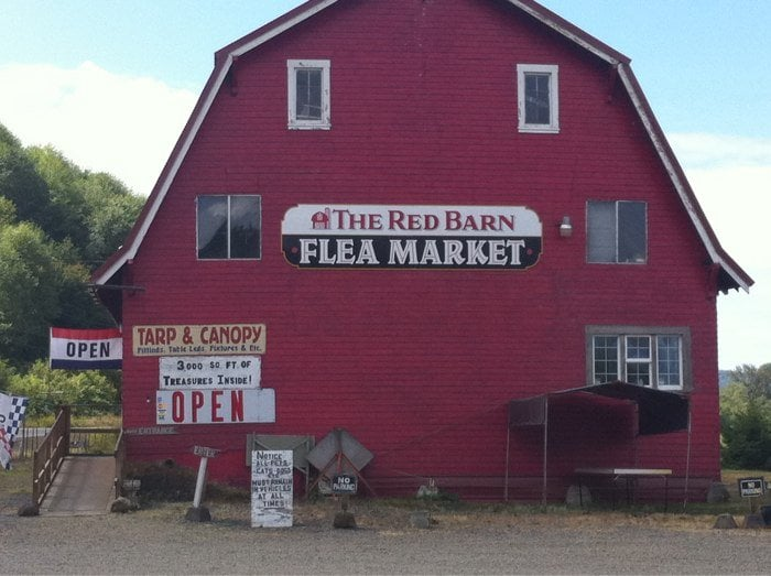 Red Barn Flea Mart: 33920 Highway 101 S, Cloverdale, OR