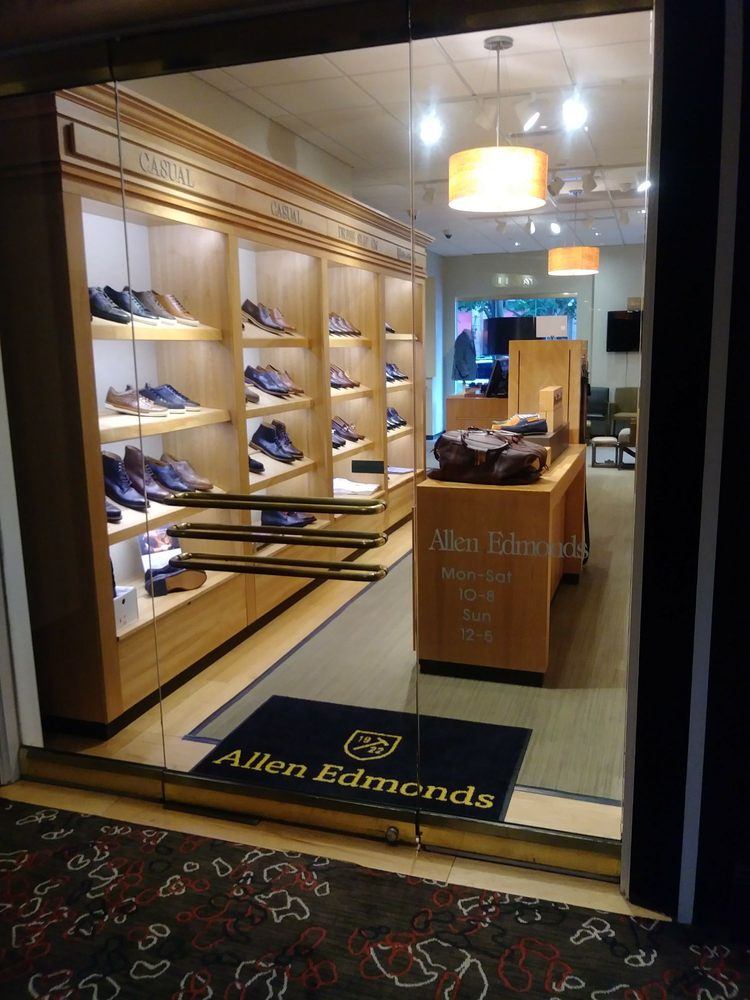 Allen Edmonds: 11869 Market St, Reston, VA