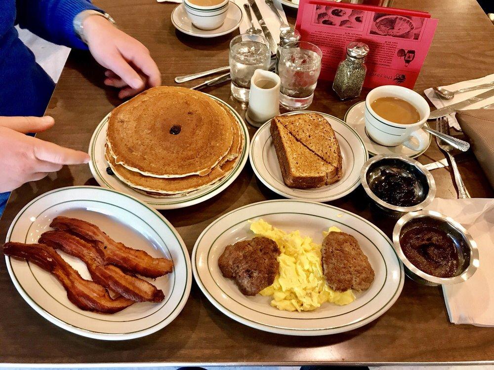 The Pancake Shop: 216 Central Ave, Hot Springs National Park, AR