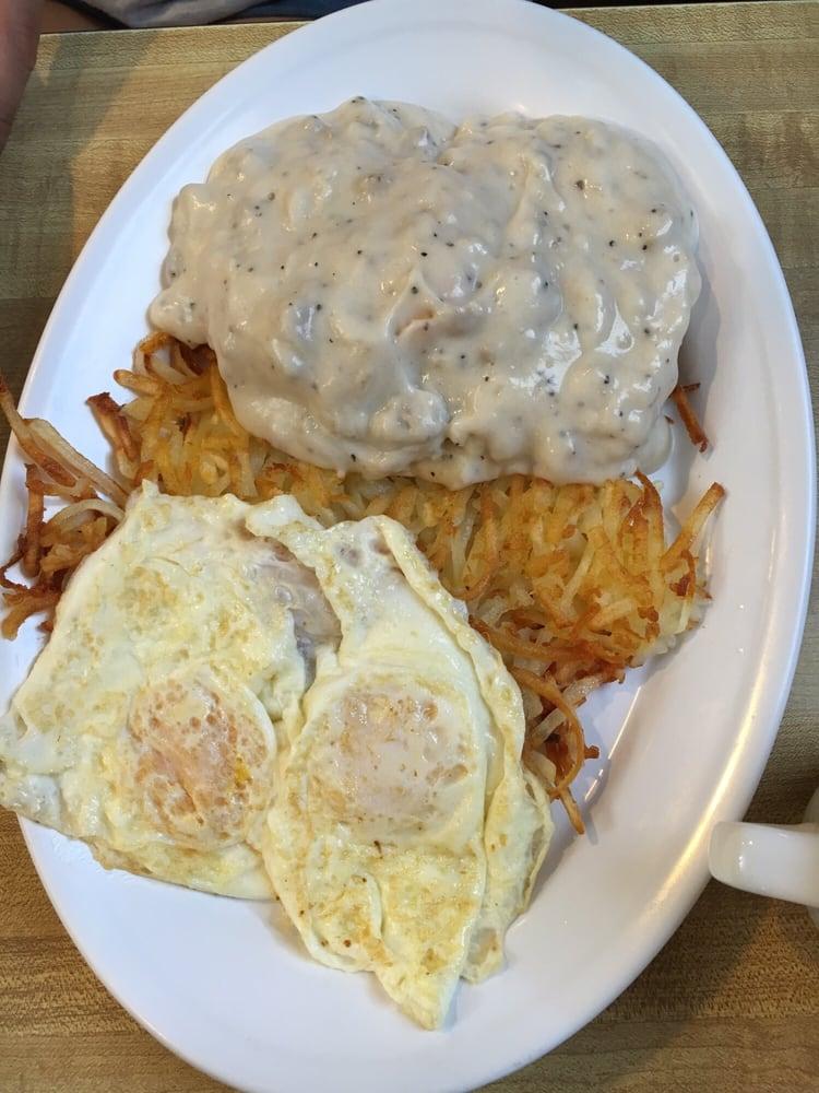 The Plains Dining & Recreation Center: 960 4th St NE, Huron, SD