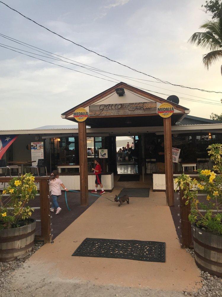 Galloway's Bar and Restaurant: Calle Jose de Diego 10, Boquerón, PR
