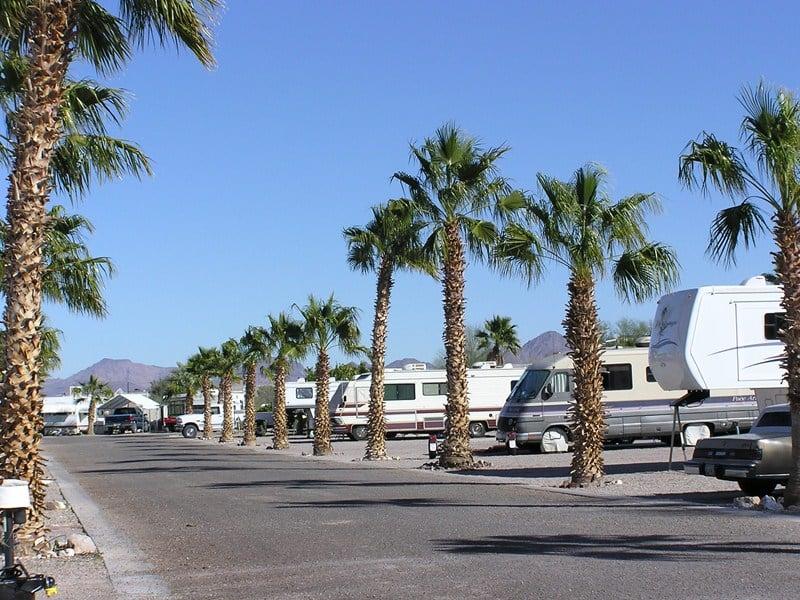 88 Shades RV Park: 575 W Main St, Quartzsite, AZ