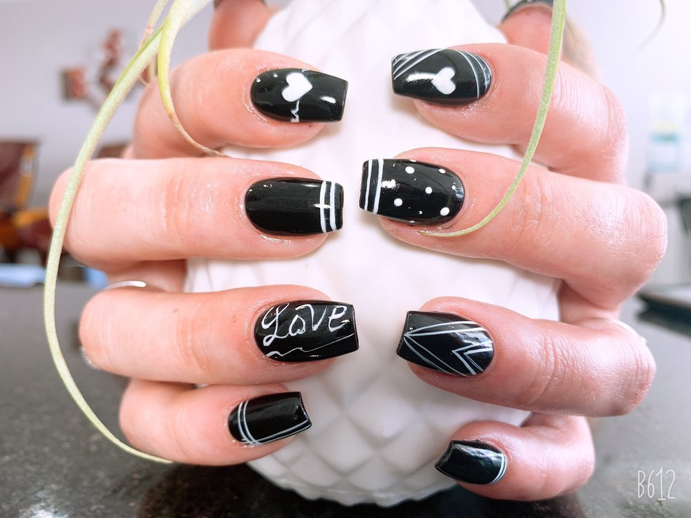 Fashion Nails: 4100 E Bay Dr, Clearwater, FL