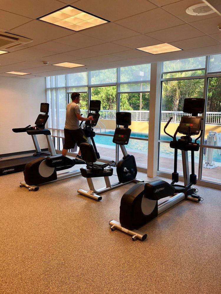 Springhill Suites by Marriott Tampa North/I-75 Tampa Palms: 5396 Primrose Lake Cir, Tampa, FL