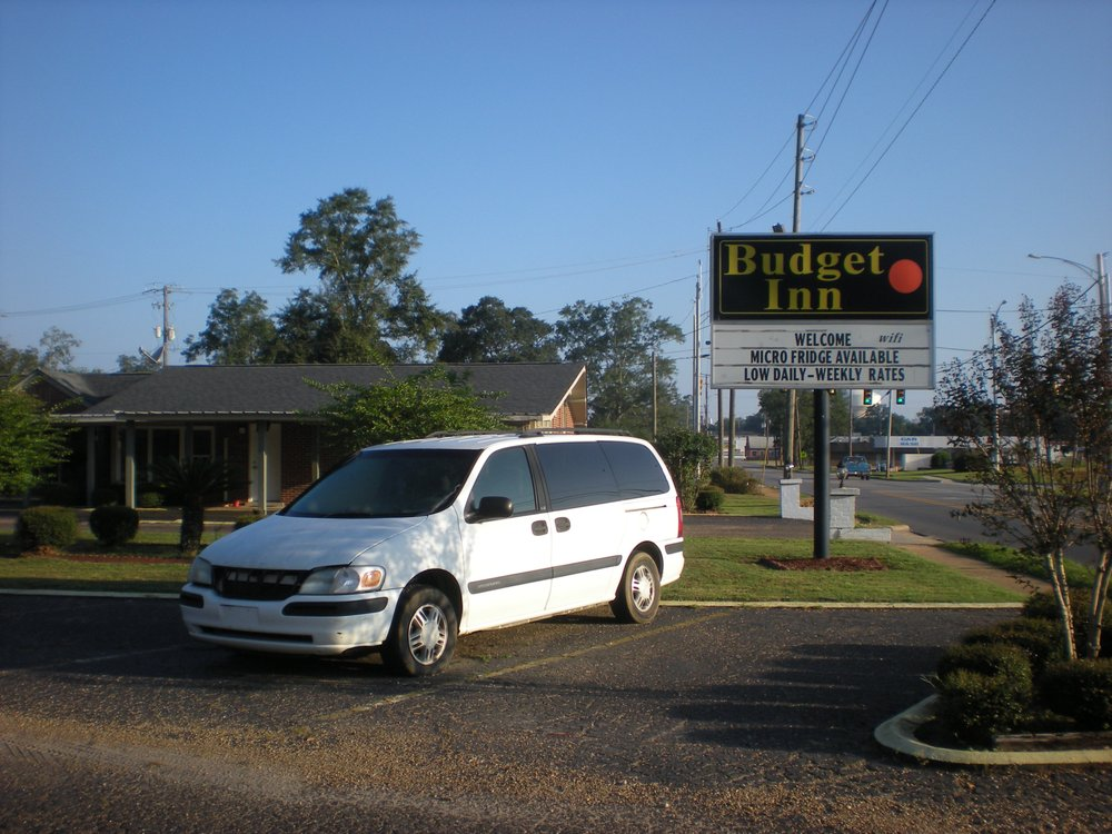 RV Rental in Beatrice, AL