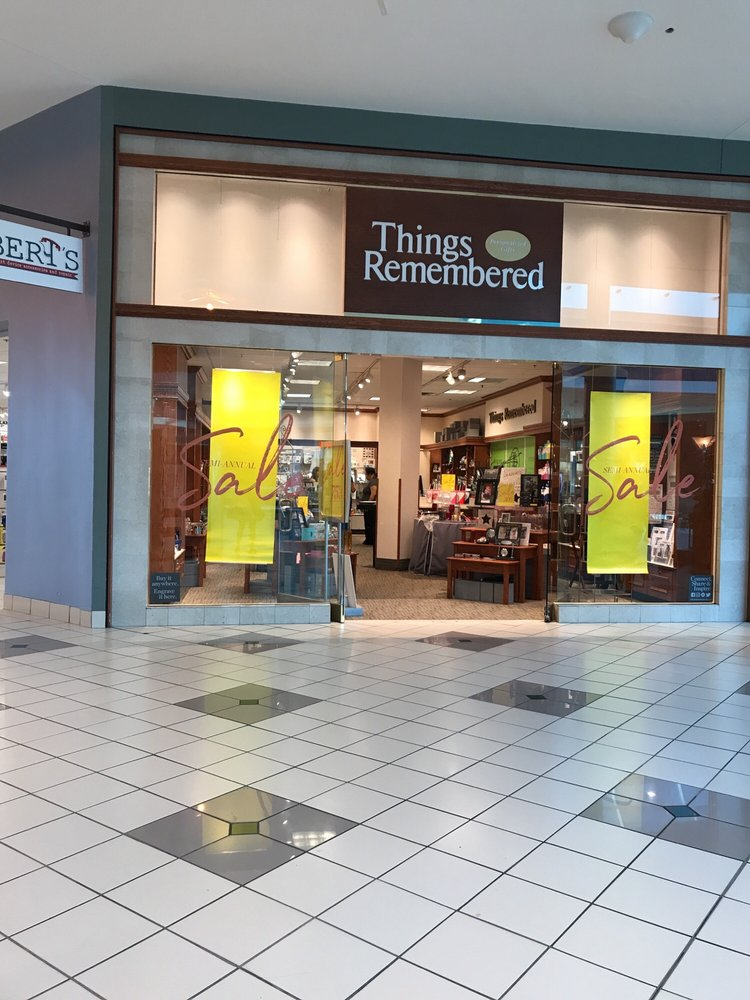 Things Remembered Things Remembered stores in Palo Alto CA - Hours, locations and phones Find here all the Things Remembered stores in Palo Alto CA. To access the details of the store (locations, store hours, website and current deals) click on the location or the store name.