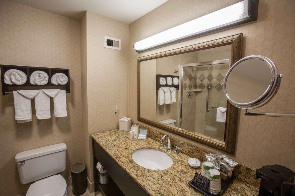 Hampton Inn & Suites Stillwater: 717 E Hall Of Fame Ave, Stillwater, OK