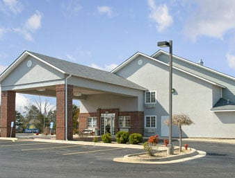Days Inn by Wyndham Mountain Home: 1746 Highway 62 B, Mountain Home, AR