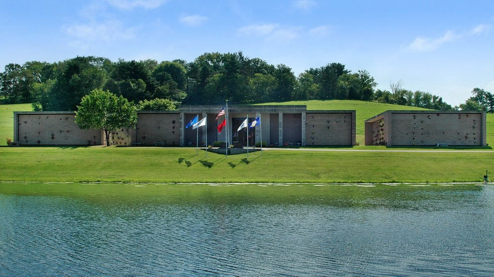 Holly Memorial Gardens: 73360 Pleasant Grove, Colerain, OH