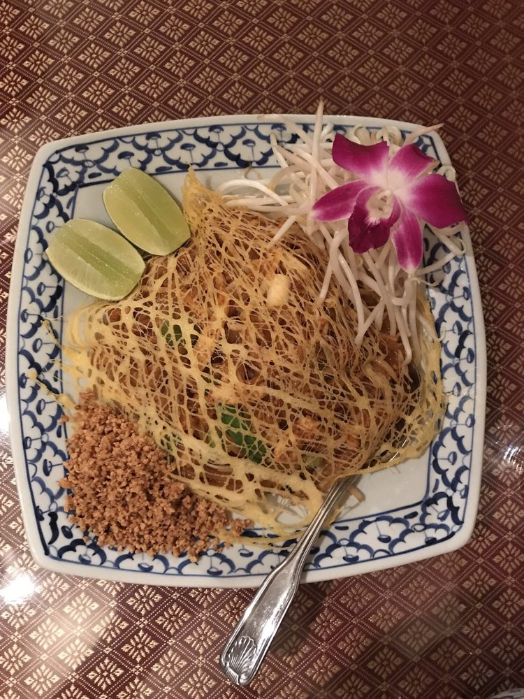 Sweet Home Thai Cuisine: 4140 River Rd N, Keizer, OR