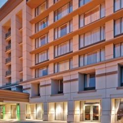Holiday Inn Chicago Oakbrook - 32 Photos & 53 Reviews