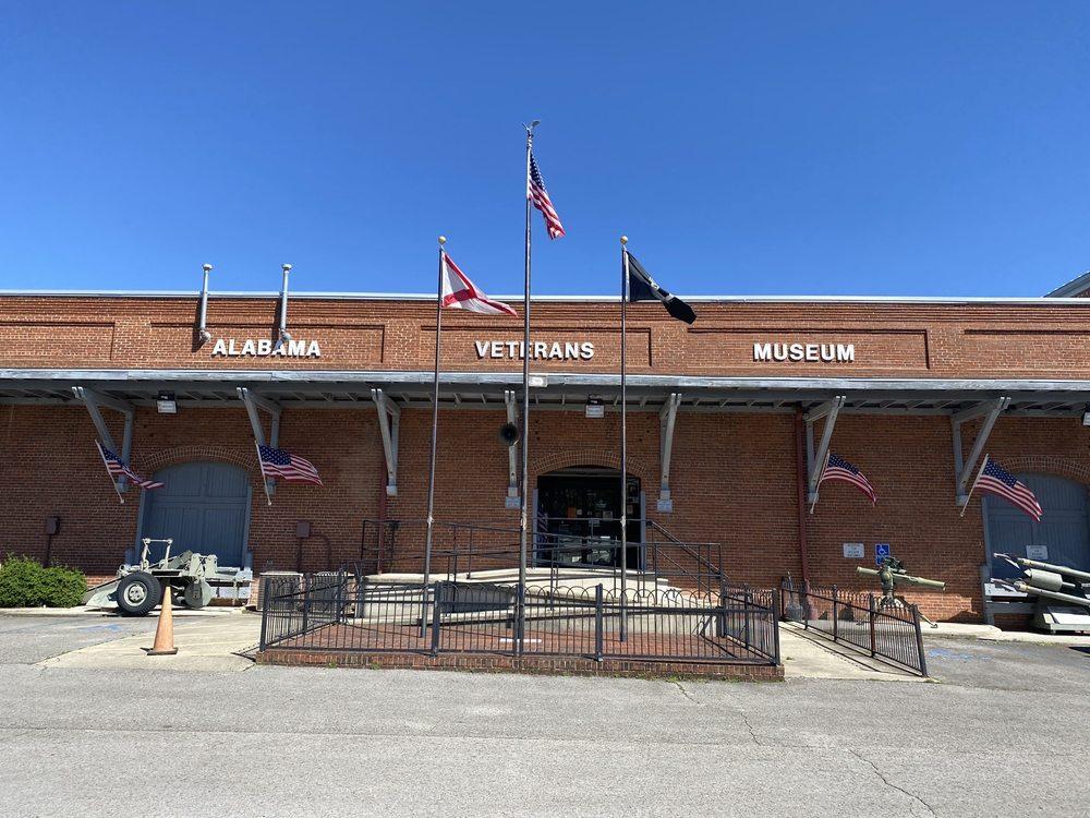 Alabama Veteran's Museum & Archives: 100 W Pryor St, Athens, AL