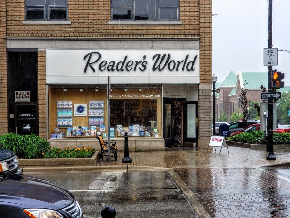 Readers World Bookstore: 194 S River Ave, Holland, MI