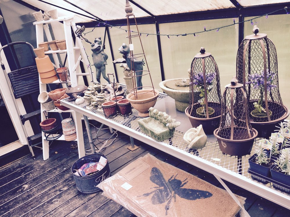 Blooming Hill Lavender Farm: 19929 Telegraph Springs Rd, Purcellville, VA