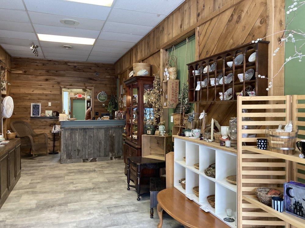 Forgotten Willow Tea & Spice: 208 W Main St, Lewistown, MT