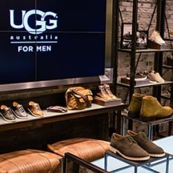 4490d1943 UGG - 12 Photos   31 Reviews - Shoe Stores - 75 Newbury St