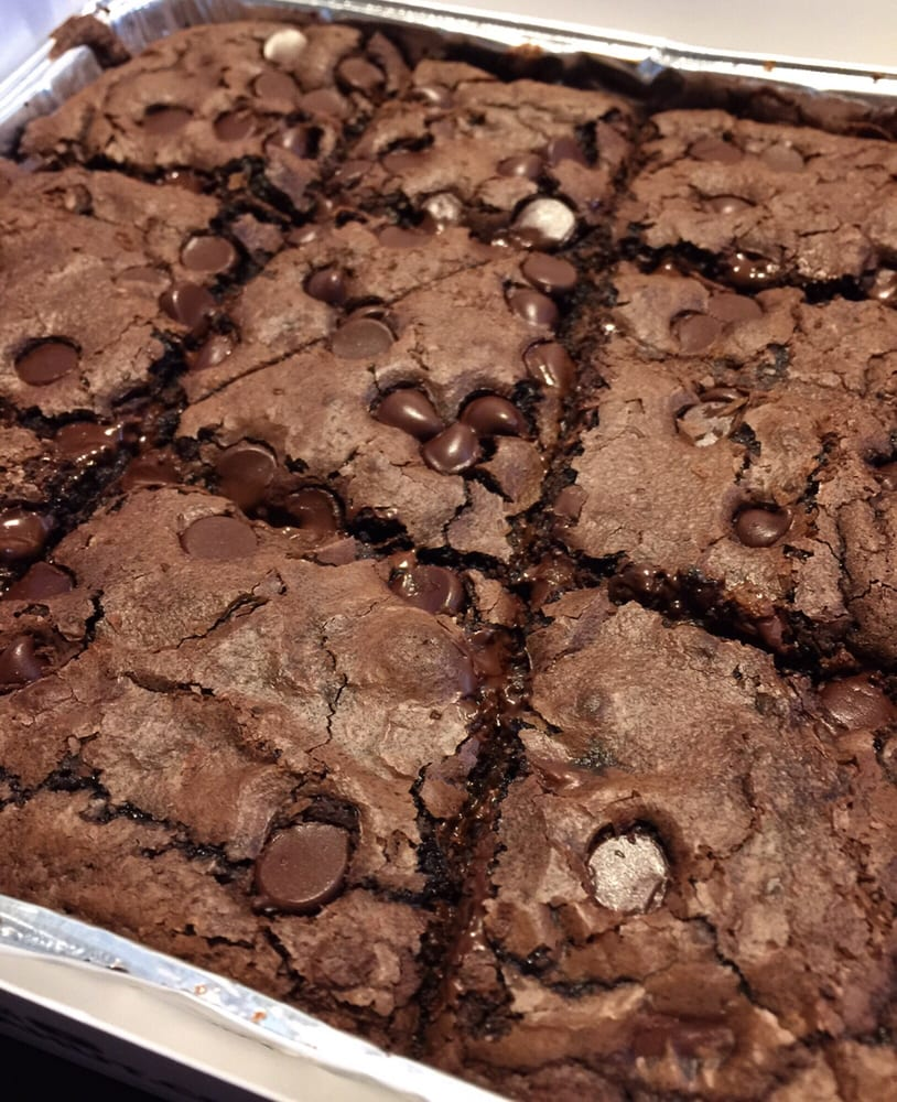 Delivery: Hershey's Triple Chocolate Brownie - Yelp