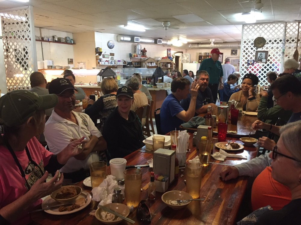 Country Diner: 1504 Hwy 35 S, Foxworth, MS