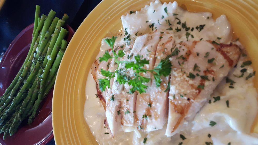 The Artichoke Restaurant & Bar: 35878 S Hwy 82, Langley, OK
