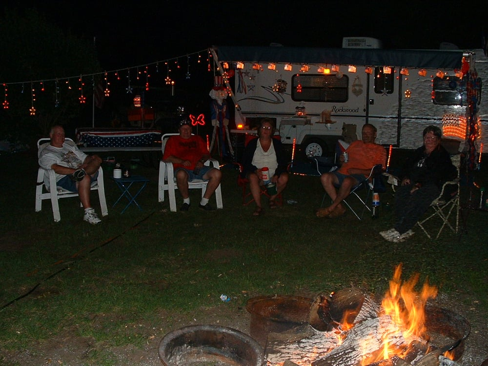 Country Camping: 27437 Palm St NW, Isanti, MN