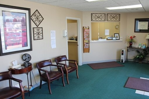 Teays Valley Chiropractic Center: 3857 Teays Valley Rd, Hurricane, WV
