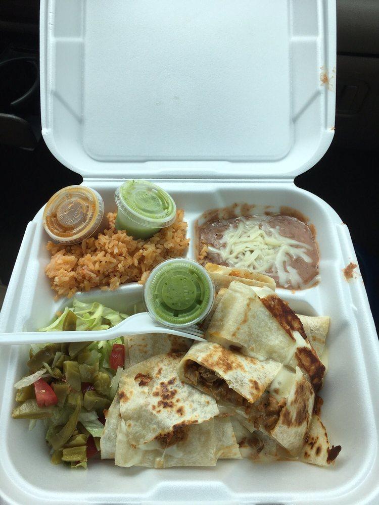 Tacos El Paisa: 33022-33082 Van Duyn Rd, Eugene, OR