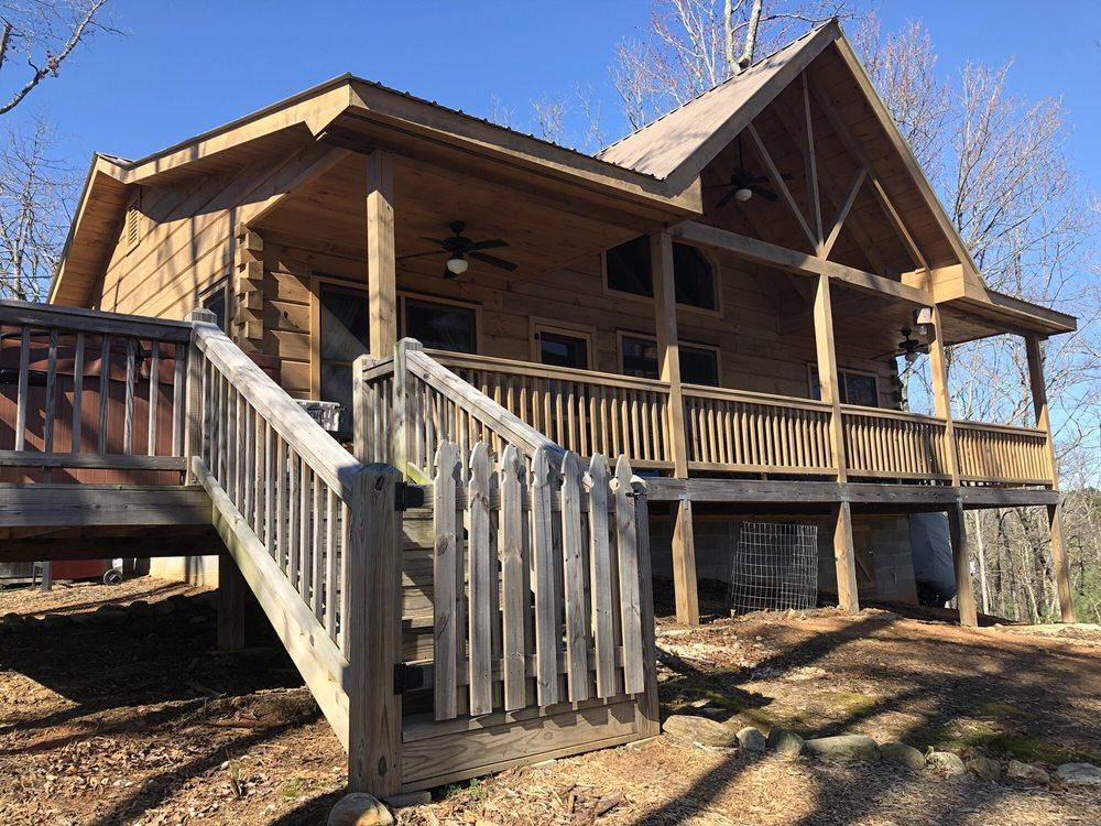 Blue Sky Cabin Rentals: 61 Maddox Cir, Ellijay, GA