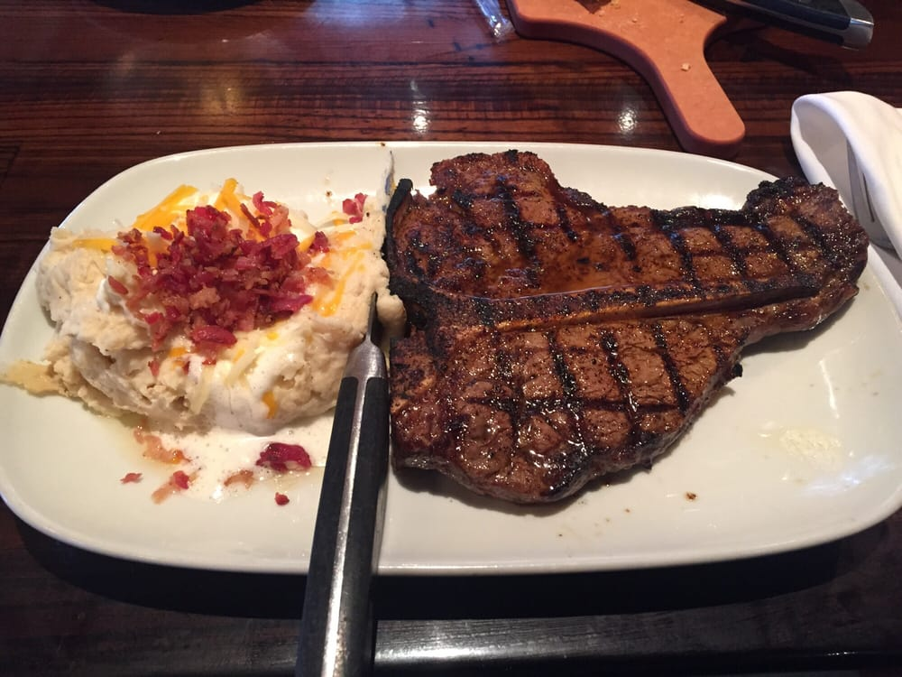 20 oz longhorn porterhouse steak medium rare yelp for Porterhouse steak