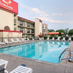 Photo Of Econo Lodge Inn Suites Resort Rehoboth Beach De