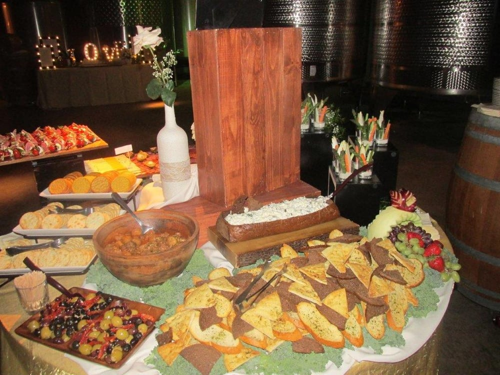 Summit Catering: 428 Kelly Dr, West Berlin, NJ