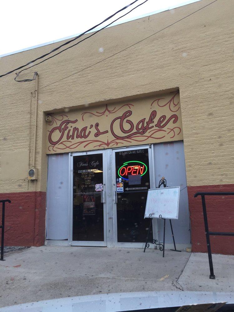 Fina's Cafe: 101 North Britton Ave, Rio Grande City, TX