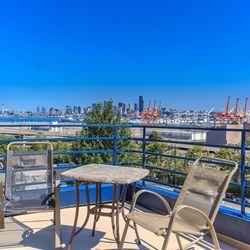 Luxury City View Apartment San Diego