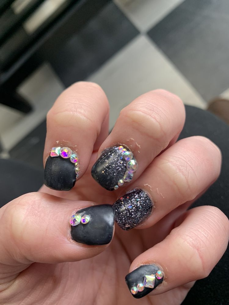 Sassy Nails & Spa: 6277 Pearl Rd, Parma Heights, OH