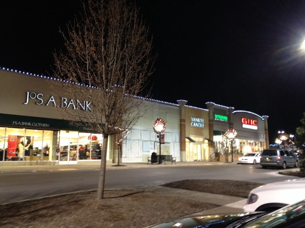 Shoppes At Montage: 1035 Shoppes Blvd, Moosic, PA
