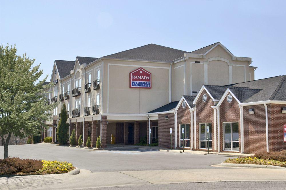 Ramada Limited Little Rock: 8 Shackleford Drive, Little Rock, AR