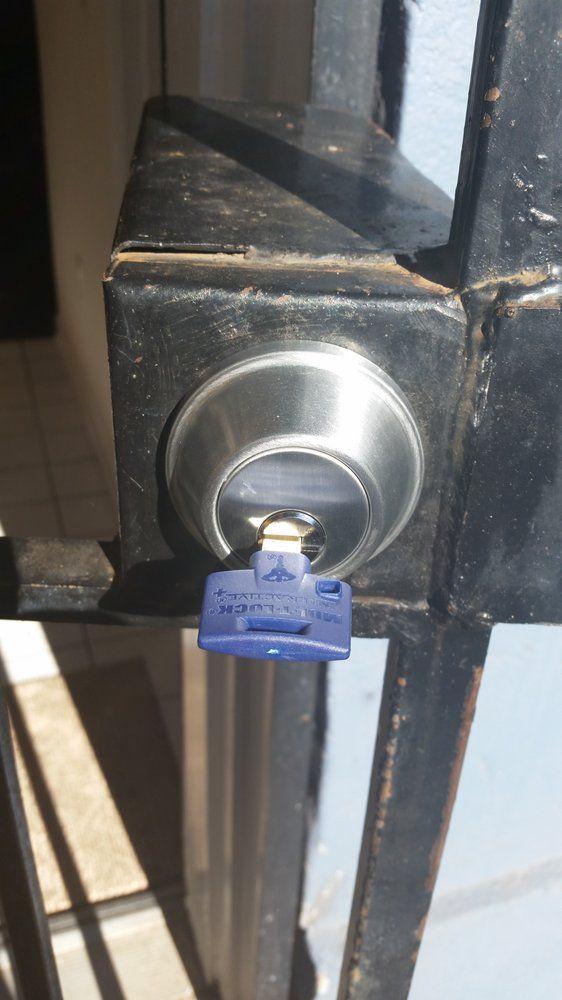 Bill Lock & Safe: 1526 Elmwood Ave, Folcroft, PA
