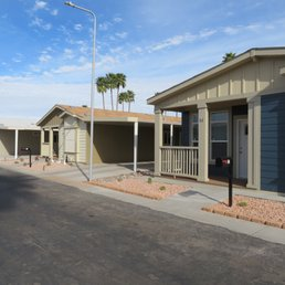 Photo of Windsor Mobile Home Park - Mesa, AZ, United States. New Champion