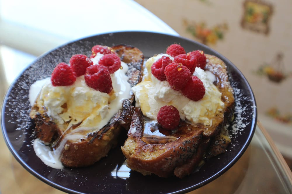 The French Toast Connection: 321 SW 2nd Ave, Portland, OR