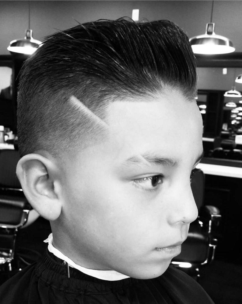 Cali Clips Deluxe Barbershop: 1110 N Santa Fe, Vista, CA