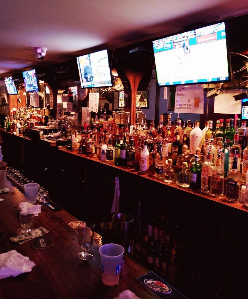 Kelly's Pub: 13611 41st Ave, Flushing, NY