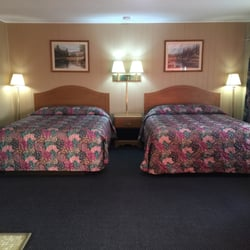 Photo Of Usa Inn Mount Vernon Mo United States Two Queen Beds