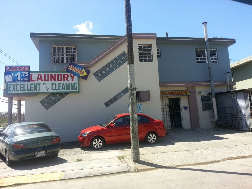 Excellent Cleaning Laundry: Ave. Luis Muñoz Marín, Caguas, PR