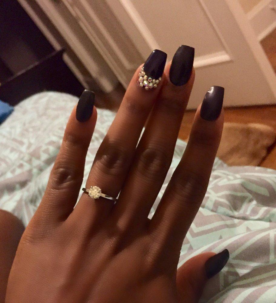 Christmas Nails On Black Hands: Matte Black Coffin Nails