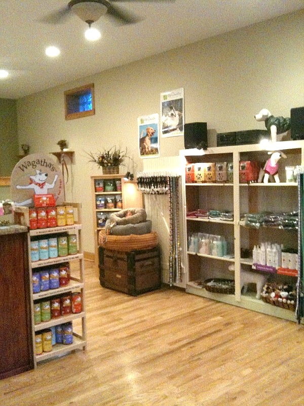 A Green Dog Grooming: 8935 S 27th St, Franklin, WI