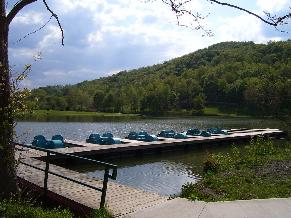 Indian Mountain State Park: 143 State Park Cir, Jellico, TN