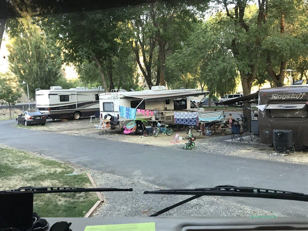 Smokiam Campground: E Beech & Hwy 17 N, Soap Lake, WA