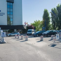 Easy Hotel Bologna Parking