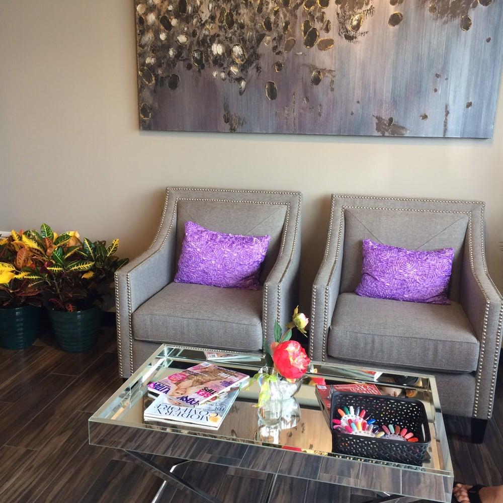 Lavish Nail Lounge & Spa: 1500 E Sunshine St, Springfield, MO