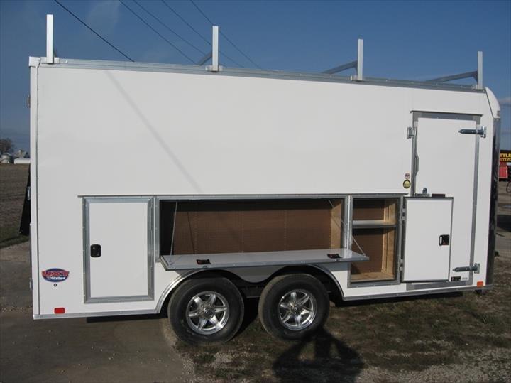 Bauman Trailer Sales & Towing: 303 S Eureka St, Goodfield, IL