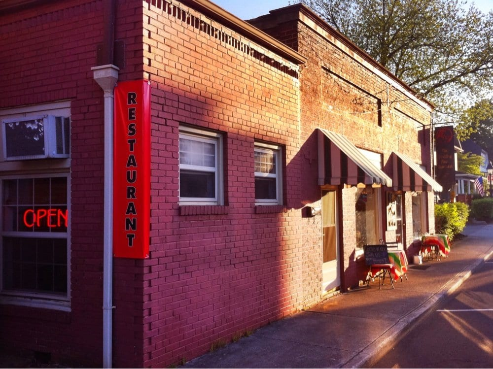The Dwelling Place: 813 Mulberry St, Loudon, TN